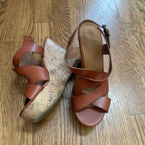 Mossimo Double Crossed Wedge Sandals Brown size 6